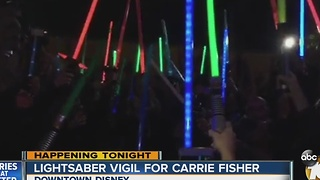 Lightsaber vigil for Carrie Fisher - Video