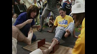 Extreme Toe Wrestling - Video