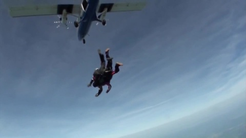 Husband surprises wife with skydive experience