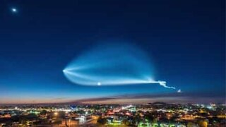 SpaceX rocket launch creates incredible effects in the sky