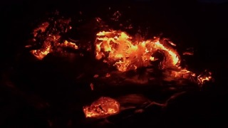 Timelapse Shows Lava Flowing From Kilauea Volcano - Video