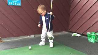 Scottish Toddler Shows off his Golfing Ability - Video