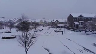 Snowstorm leaves North Carolina blanketed in snow - Video