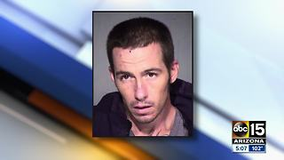 Man accused of stealing luggage at Sky Harbor - Video