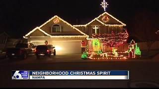 Nampa neighbors work together to get in the holiday spirit - Video