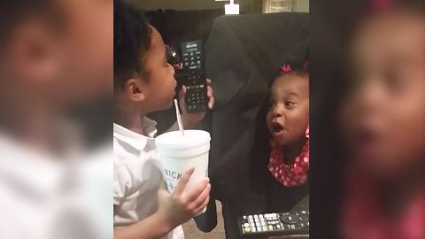 Funny Tot Girl Argue With Her Baby Sister In Gibberish