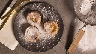 John Whaite's 5-ingredient apple custard tarts - Video