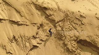 Sandboarding dunes  in south Chile looks amazing - Video
