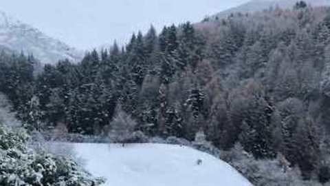 Wintry Conditions Cause Travel Disruption in Queenstown