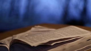Kentucky Allows Bible Classes In Public Schools - Video