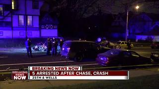 5 teens taken into custody after police chase ends in crash near Marquette University - Video