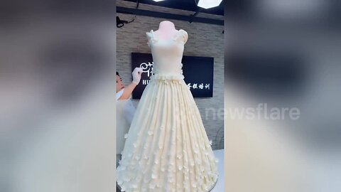 Baker Incredibly Sculpts Giant Wedding Dress Cake