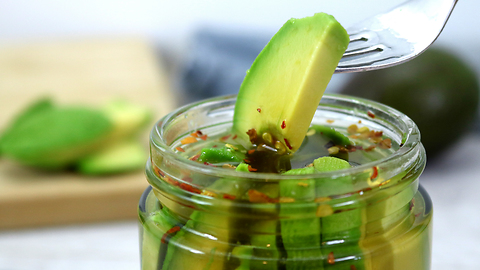 How to make pickled avocados