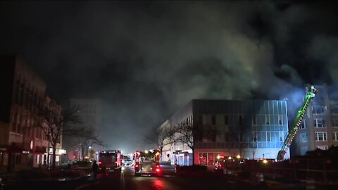 Fire destroys building that was formerly home to Uncle Vic's in Elyria; 2 teens have been arrested