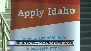 New program provides opportunities to high school students preparing for college
