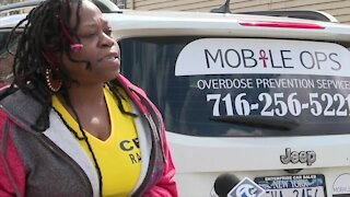 Buffalo woman battling the opioid epidemic from her car