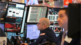 Dow Up 423, Rebound From Worst Since March