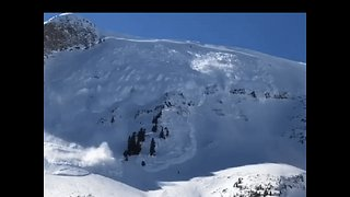 Avalanche Triggered to Protect Teams Recovering Body on Utah Mountain - Video