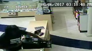 Thief targets family-owned watch business at Meadows Mall - Video