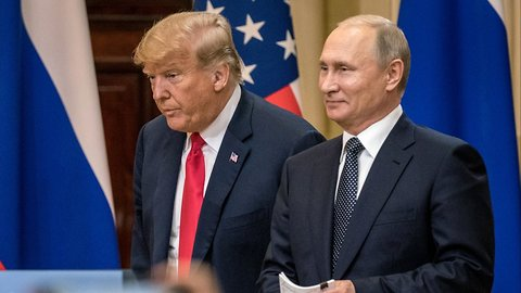 Trump Now 'Disagrees' With Putin Offer He First Called 'Incredible'