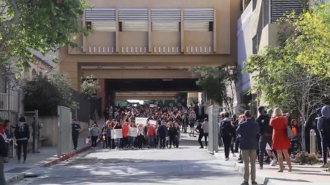Students in LA join nationwide protest against gun violence