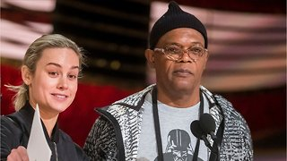 Brie Larson And Samuel L. Jackson Sing Together During Interview