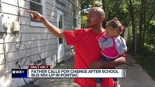 Dad finds son lost wandering Pontiac after school bus mix-up - Video
