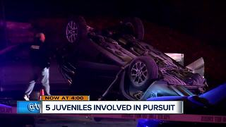 5 juveniles in stolen car arrested after police chase, crash - Video