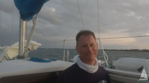 """Ep. 12 - Hunter 23.5 """"Spray N Wash"""" - Several Projects and a New Year's Eve Sail to North Sarasota Bay"""