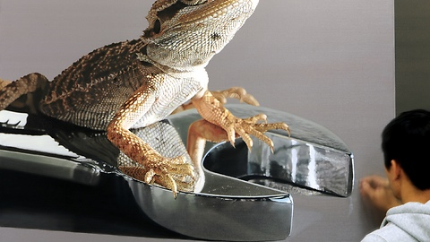 Lizard oil painting looks incredibly real