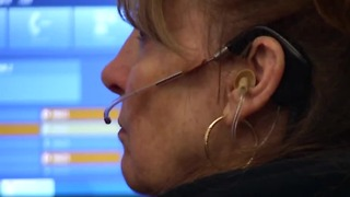 911 glitch prevents callers from getting help - Video