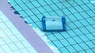 Robotic Pool Cleaner  - Video