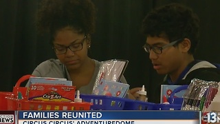 Siblings reunite for holidays at Adventuredome - Video