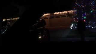 Jackson neighbors battle it out with Christmas light displays
