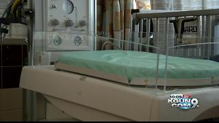 Program at Tucson hospital gives treatment to newborns exposed to opioids - Video