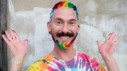 Watch: Hairdresser attacked by homophobic bullies fights back by giving men rainbow beards for free as Australia votes yes to gay marriage