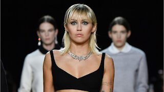 Miley Cyrus Debuts Dramatic Disco Eye Look