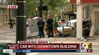 Downtown Cincinnati crash leaves, suspect, passenger and bystander hurt - Video