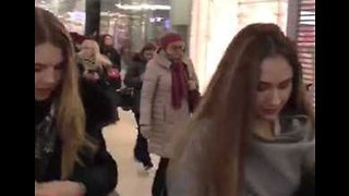 Thousands Evacuated From Moscow Malls After Bomb Threats - Video