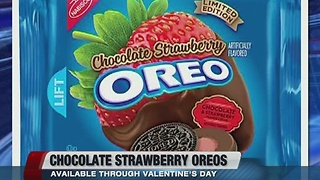 Chocolate-Strawberry Oreos - Video