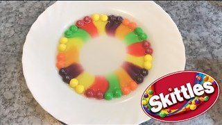 Boiling Water and Skittles Makes for Some Tasty Art - Video