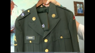 Big mistery: Military uniform found in car - Video