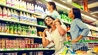 4 Grocery Store Hacks That Can Save You Hundreds - Video