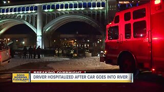 Man escapes from car that crashed into Cuyahoga River