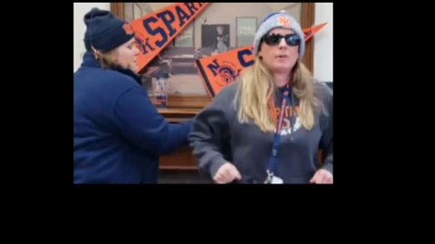 'Rap' Up and Stay Home: School Principals Announce Snow Day With 'Ice Ice Baby' Parody
