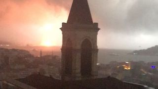 Crane Collapses, Causes Explosion in Istanbul Storm - Video