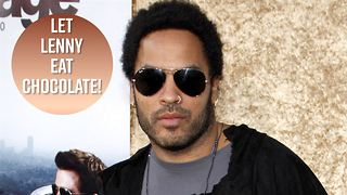 Lenny Kravitz fights over chocolate at Paris Opera - Video