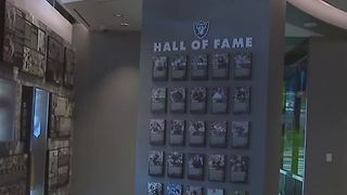 Raiders preview center opens in Town Square - Video