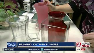 Local florist growing business to help the community - Video