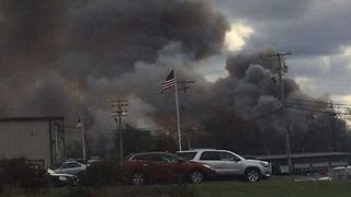 More Than a Dozen Injured After Explosion, Fire at New York Cosmetics Plant - Video